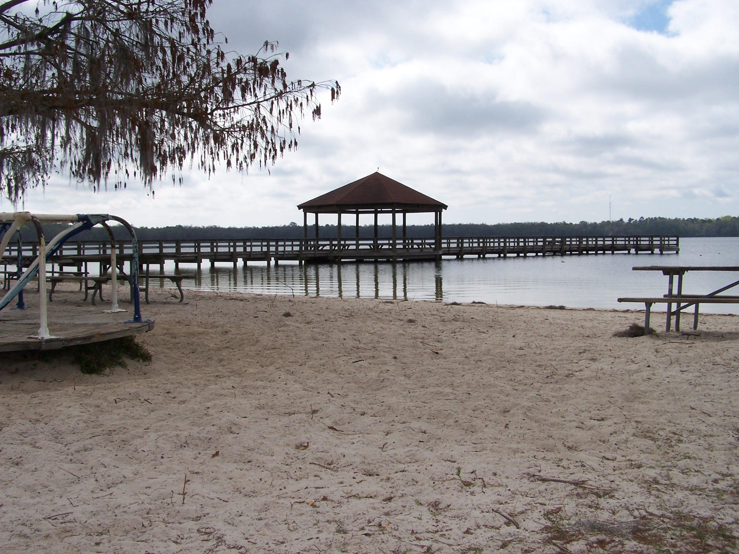 Lake Jackson RV Park Beach Area