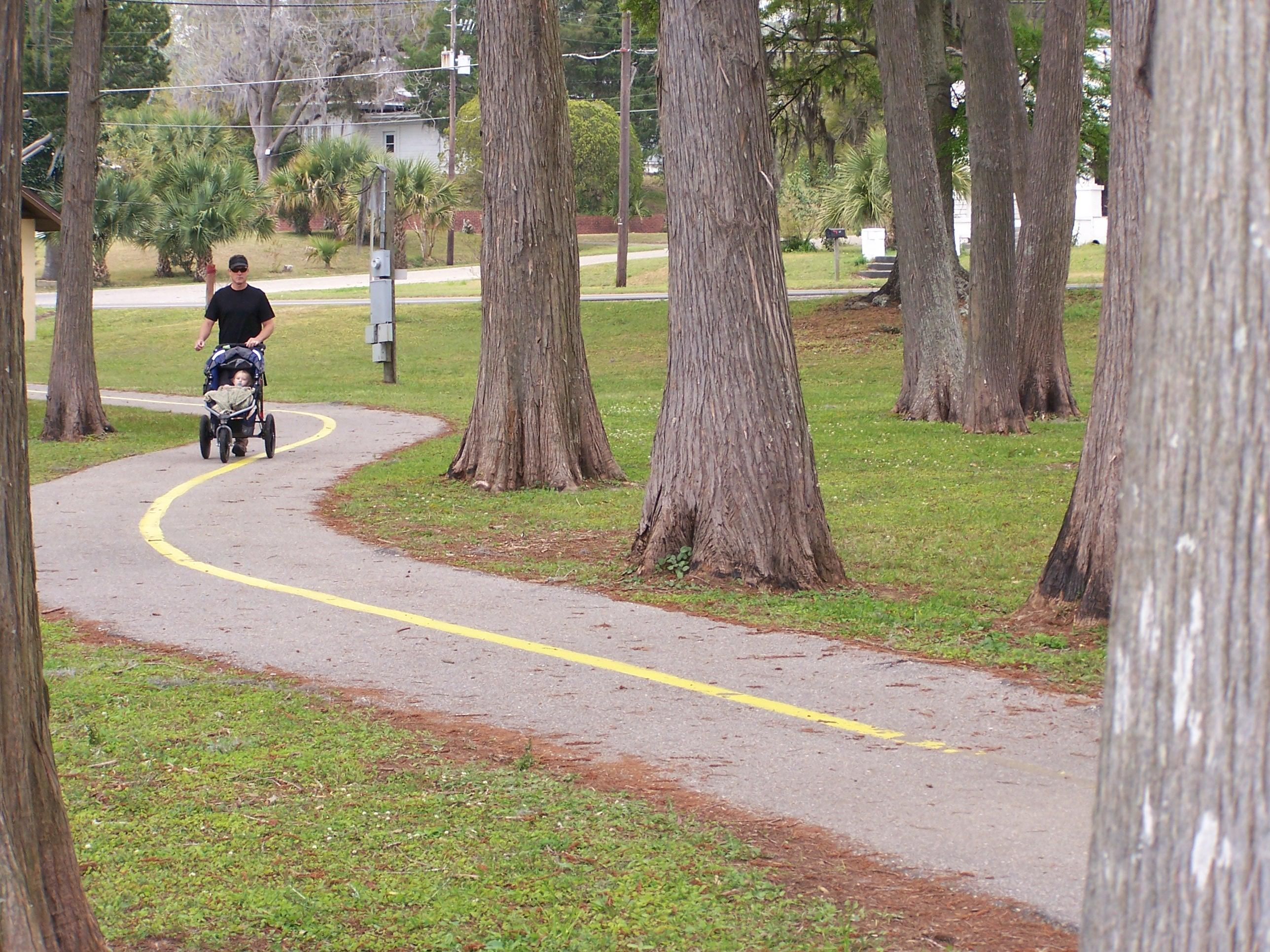 Lake Jackson RV Park Walking Trails