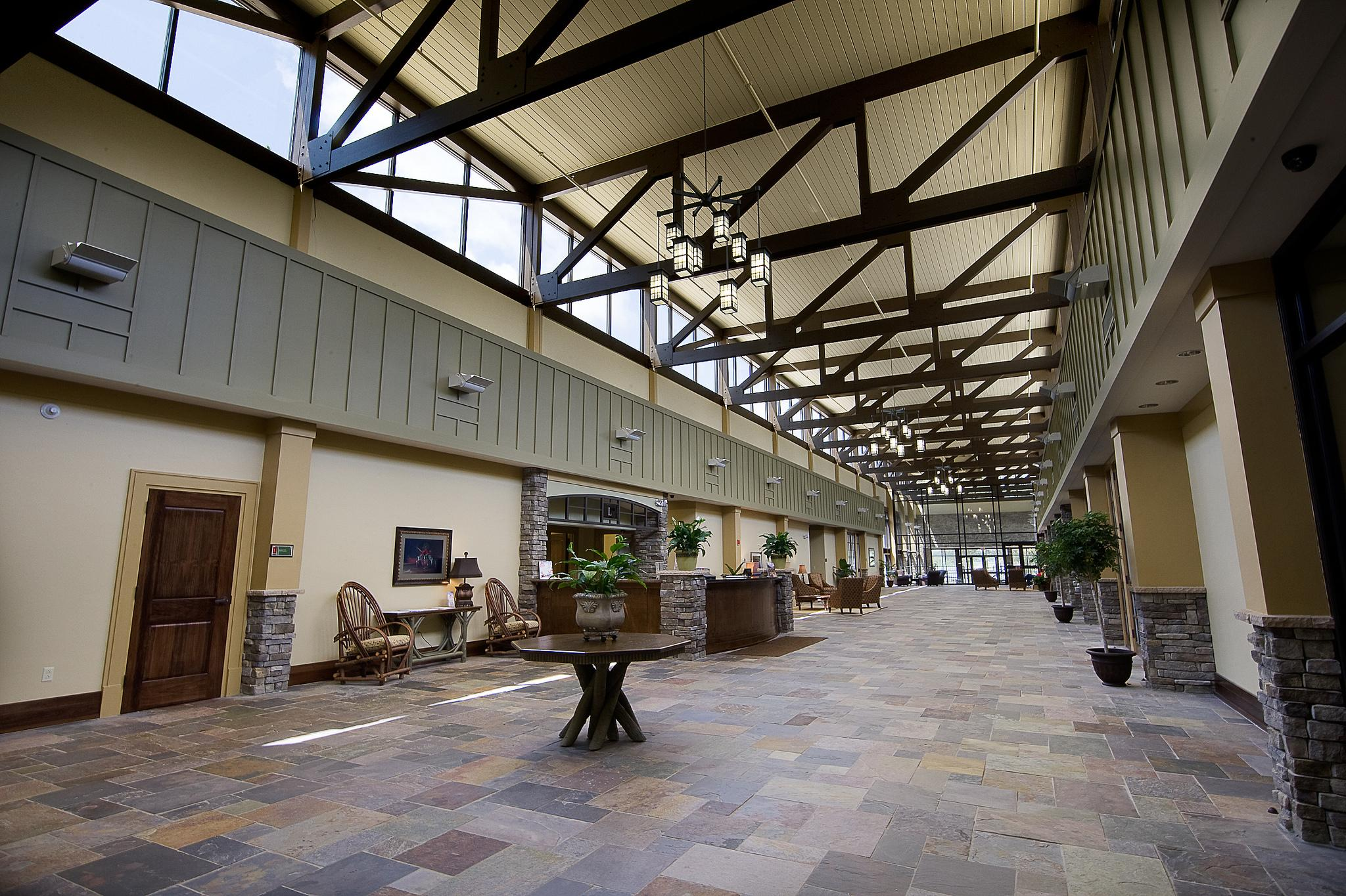 Lakepoint State Park Lobby