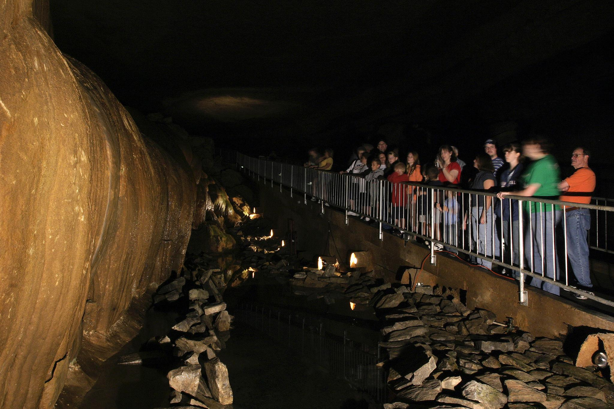 Cathedral Caverns State Park Tours
