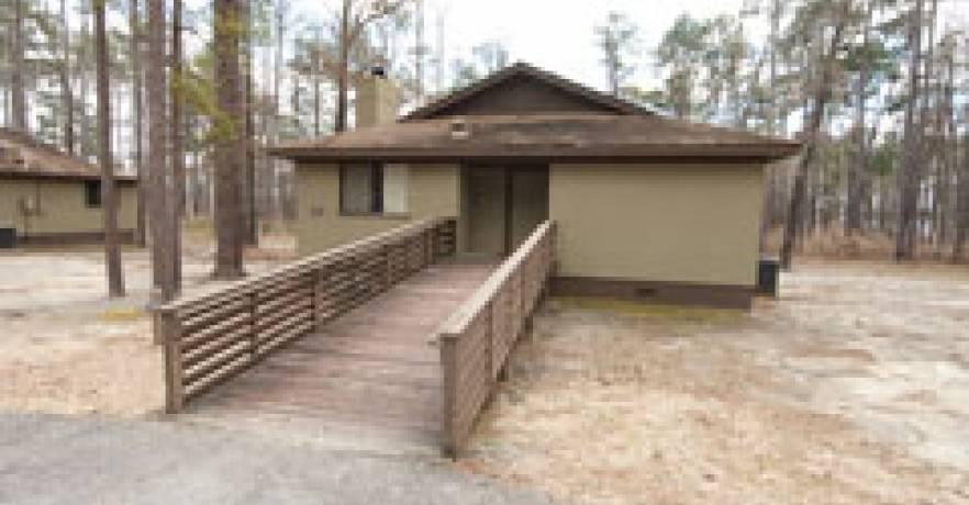 Lakepoint Cabin handicap accessible