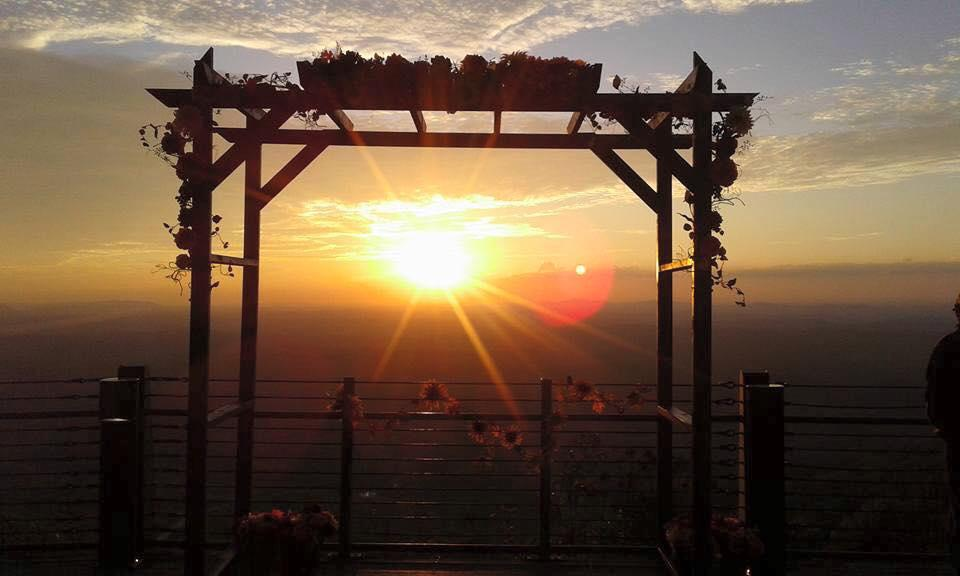Cheaha Sunset Arch on Vista Cliffside Deck