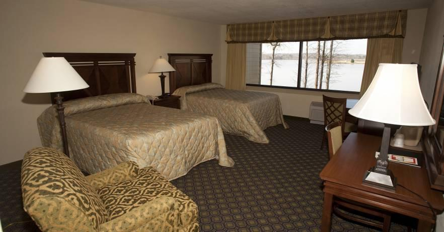 Lakepoint Doube Queen Room 1