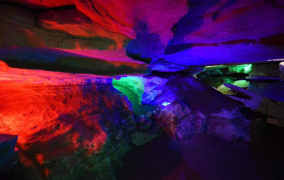 Color Bulbs in Cave